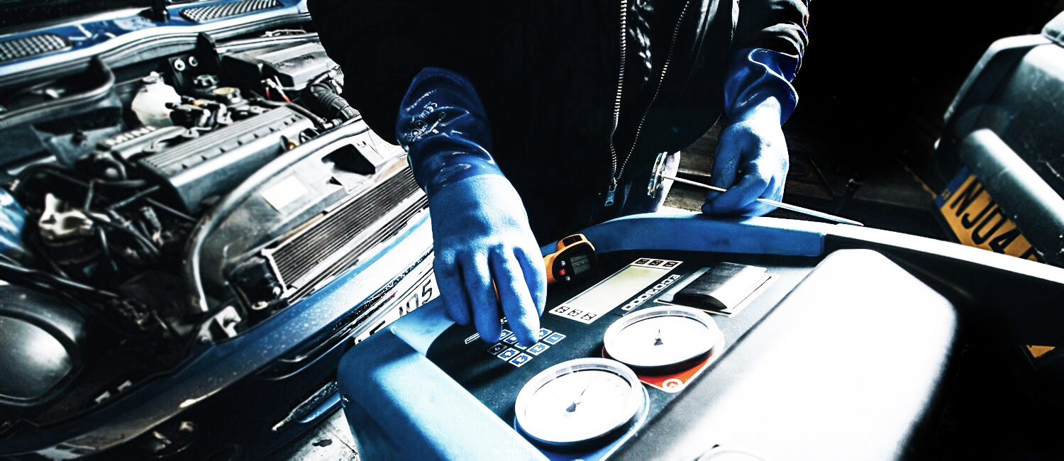 Air conditioning servicing & repair services in Chiswick, London W6.